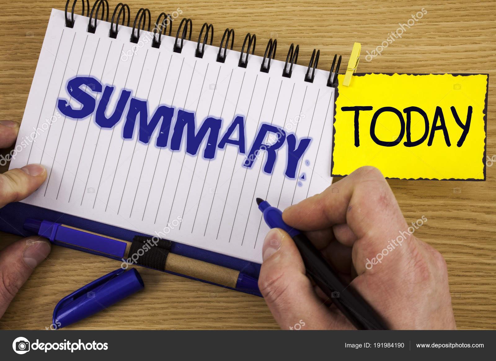 Word Schreiben Text Der Zusammenfassung Geschäftskonzept Für Kurze