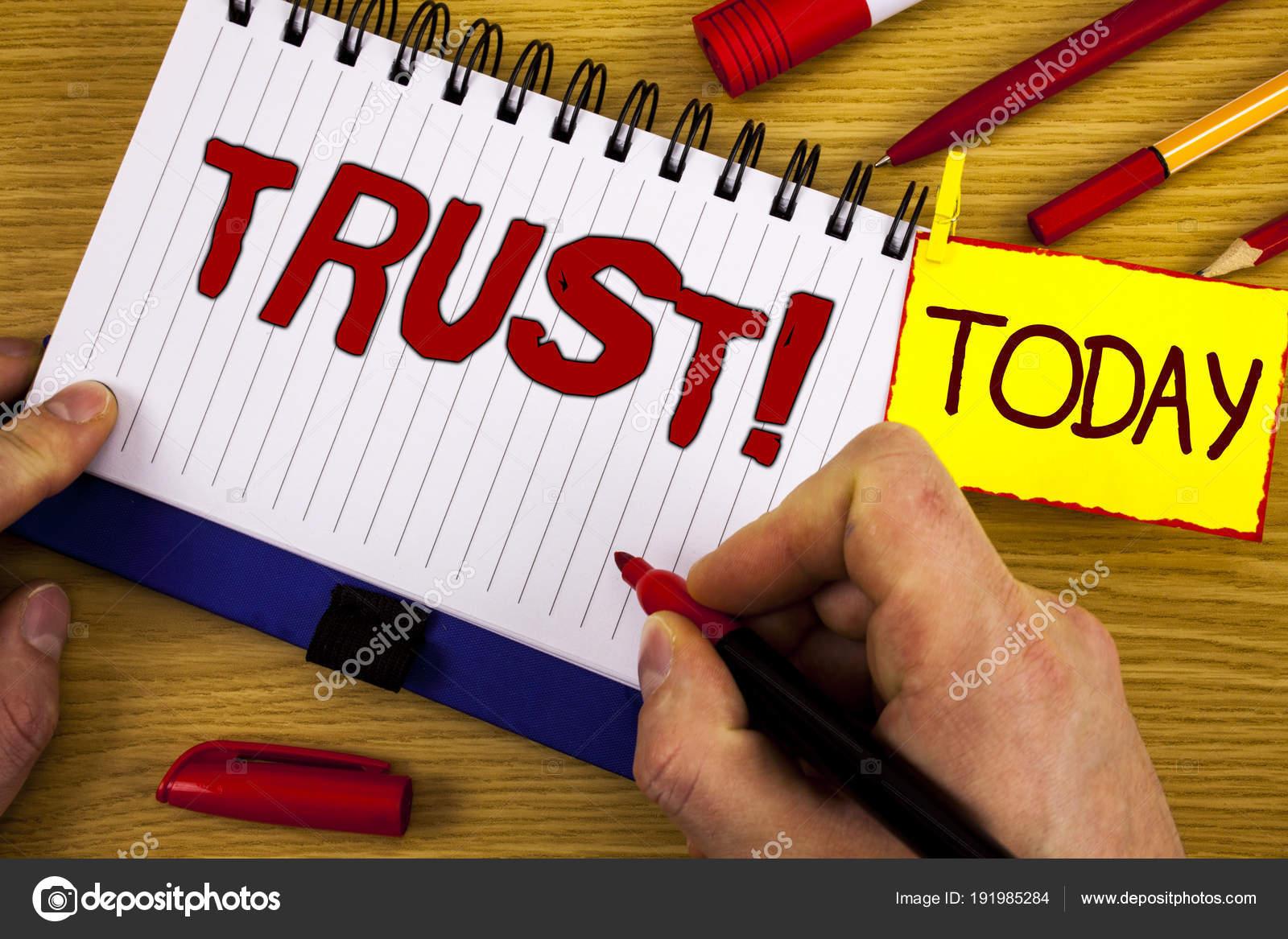 La Credenza Significato : Testo di grafia trust chiamare motivazionale. concetto