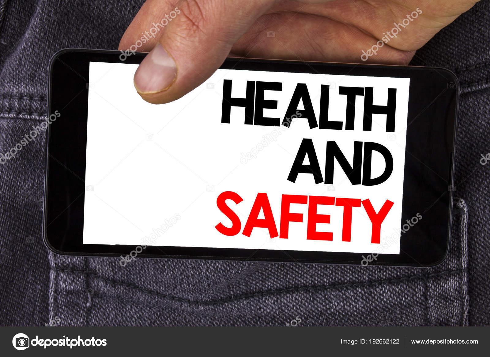 Sağlık Ve Güvenliği Gösterilen Not Yazma Cep Telefonu Tarafından