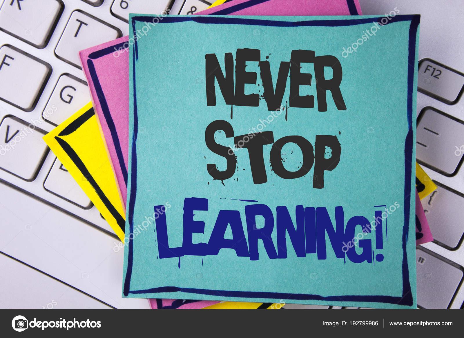 Texto De Caligrafia Escrever Nunca Parar De Aprendizagem