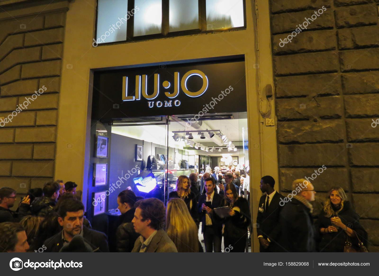 buy popular 9ac17 3acfa Liu Jo Uomo store in Florence – Stock Editorial Photo ...