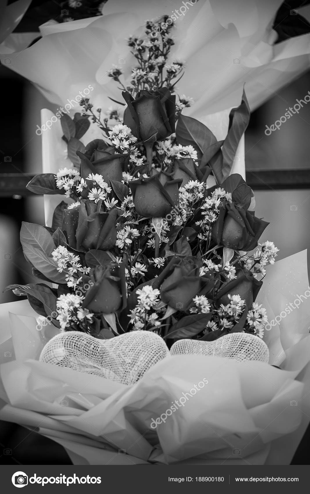 Red Black And White Bouquet Red Roses Flower Bouquet Style Black And White Stock Photo C Photonewman 188900180