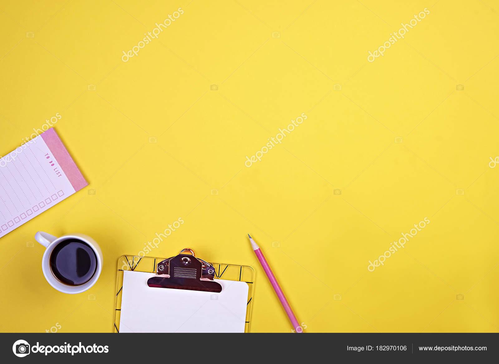 Conjunto de escuela provee simple lápiz pluma, espacio en blanco a ...