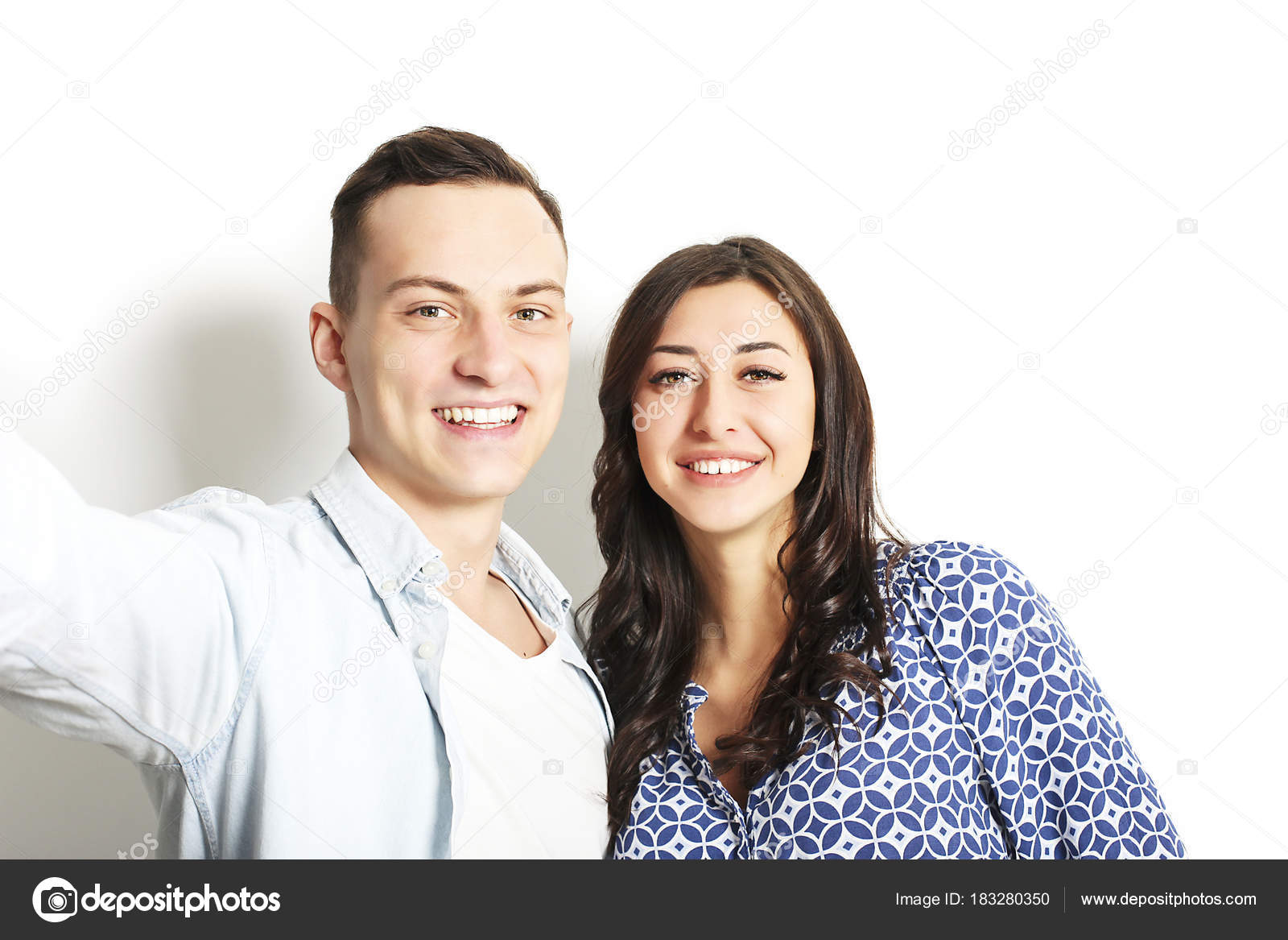 Dating online di maschio americano