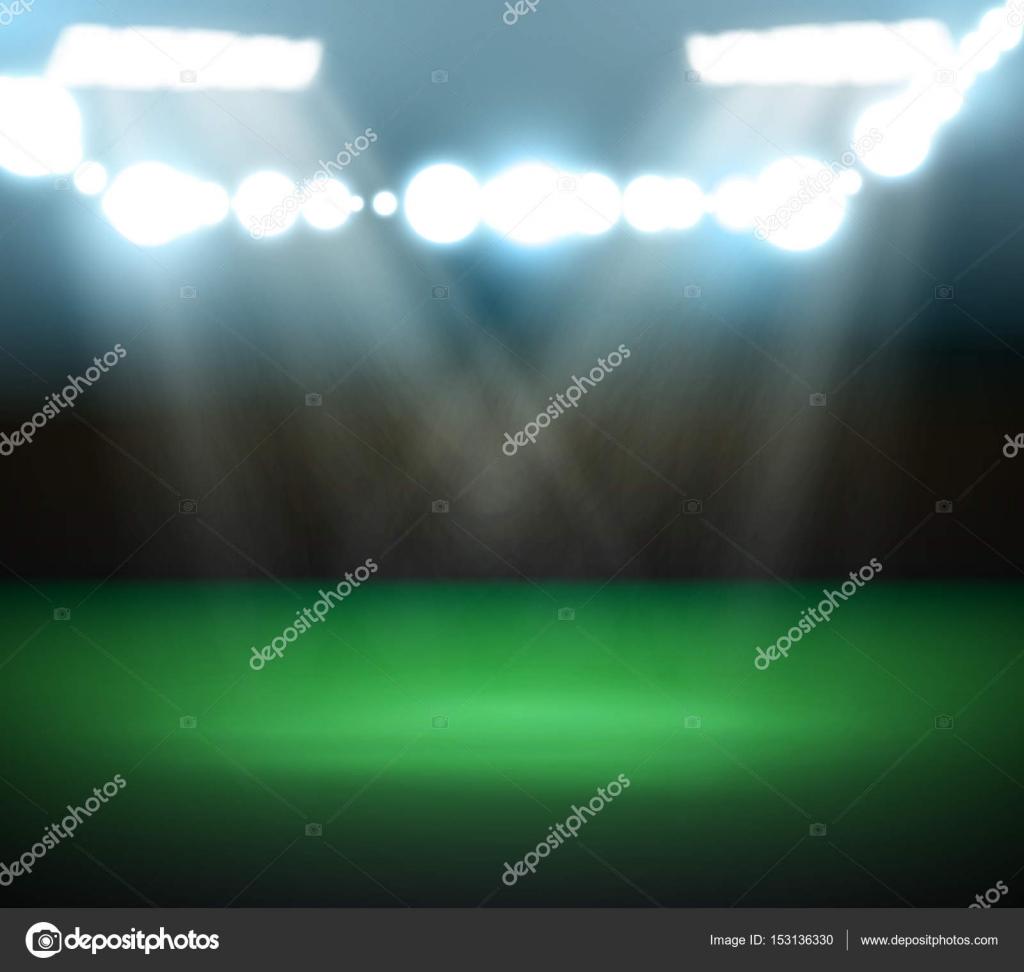 Lege voetbalveld met spots en verlichting — Stockvector © lantica ...