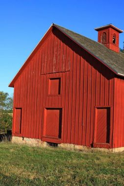 Old wood barns across the midlands