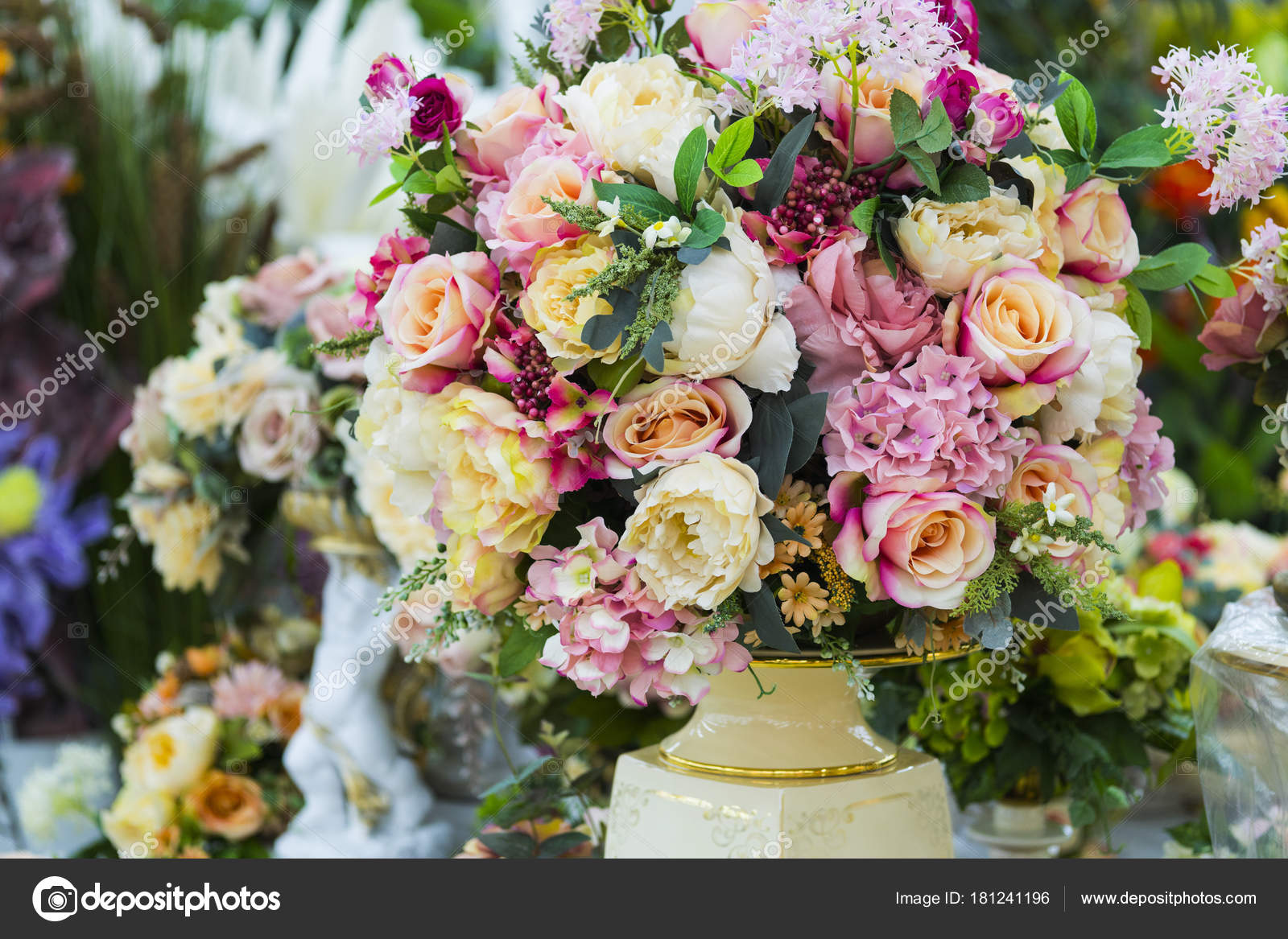 Artificial flowers in a vase. Large bouquet. — Stock Photo © Yusafa ...
