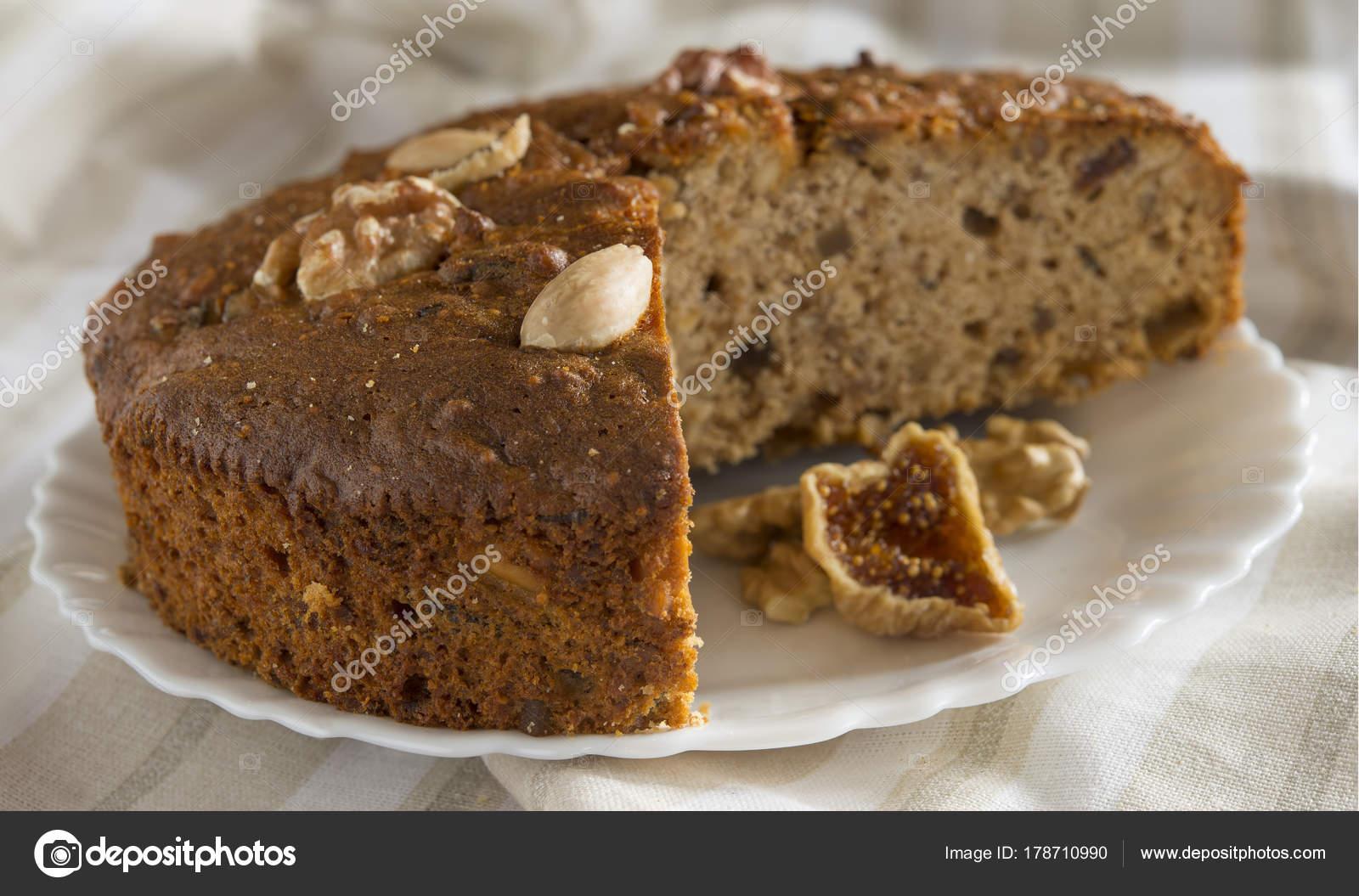 Dolce Natalizio Zelten.Zelten Christmas Cake Foto Stock C Jacklondon 178710990