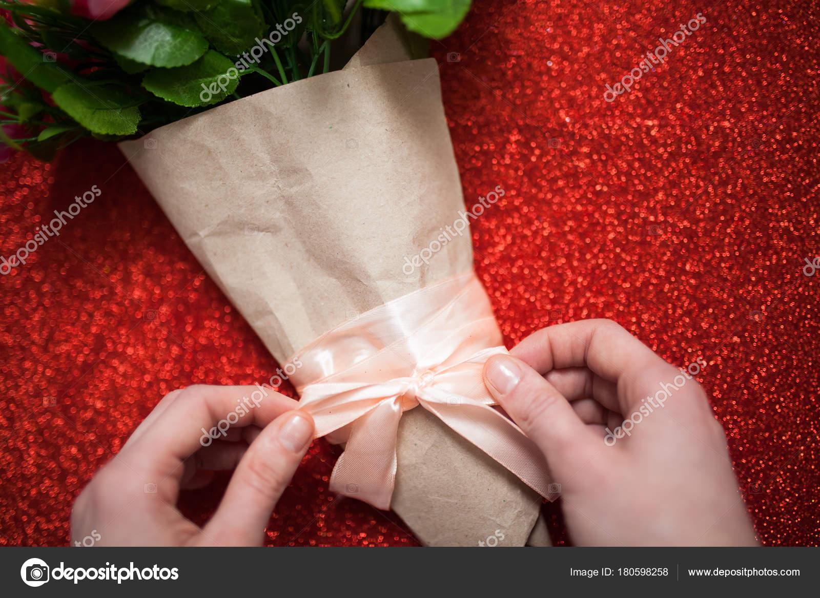 Valentinstag Florist Frau Packungen Pro Strauss Blumen Rosen In