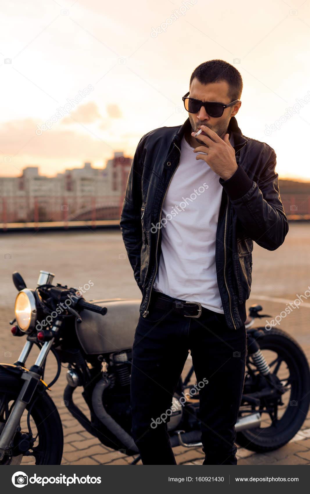 Près De Moto Brutal Racer Café Sa Custom Homme kOnP0w