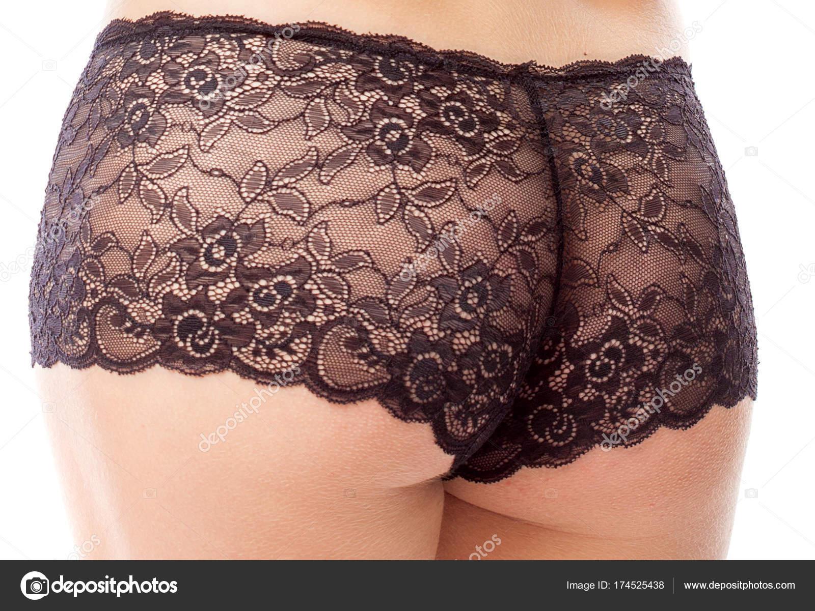 6810cce89 Mulher de calcinha de renda preta. Isolado no fundo branco — Fotografia de  Stock