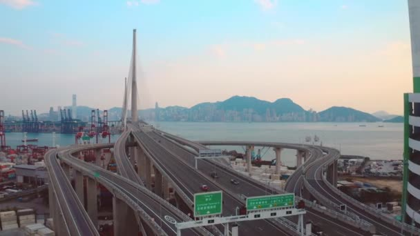 Hong Kong, Čína - 2020: Stonecutters Bridge and Container Terminal from above