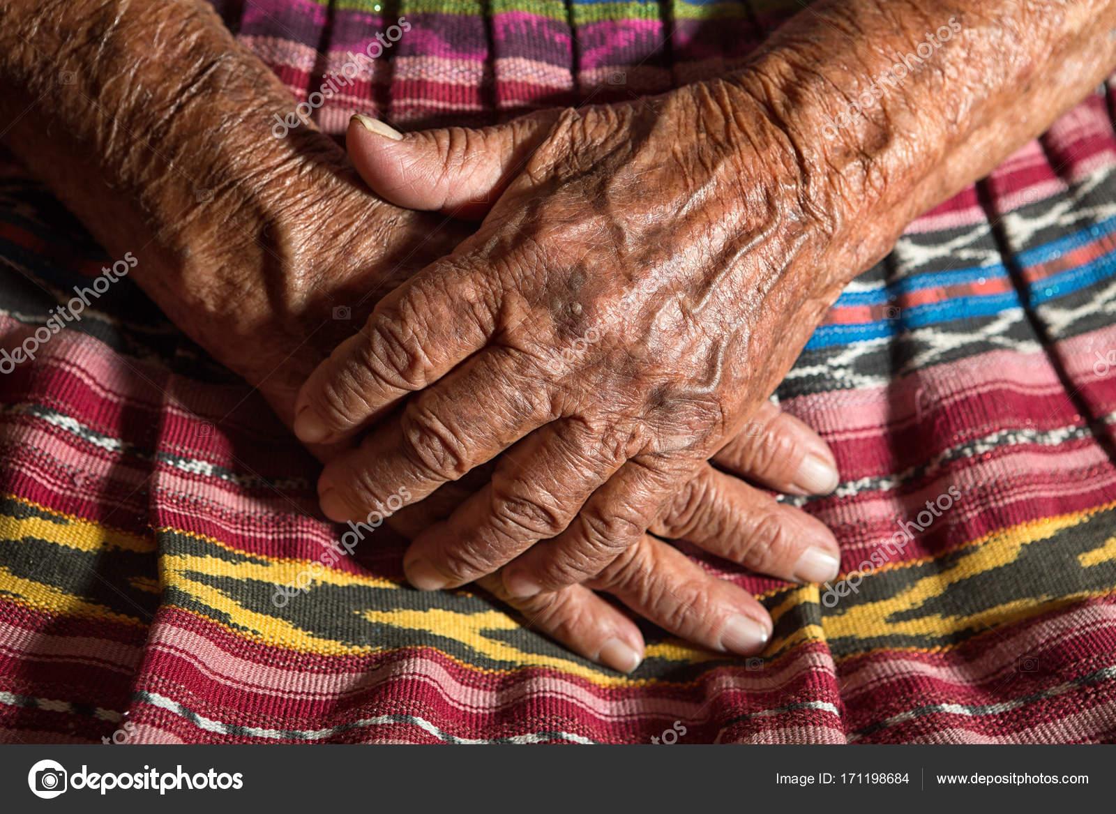Очень старые женщины