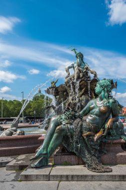 Neptunbrunnen or Neptune fountain