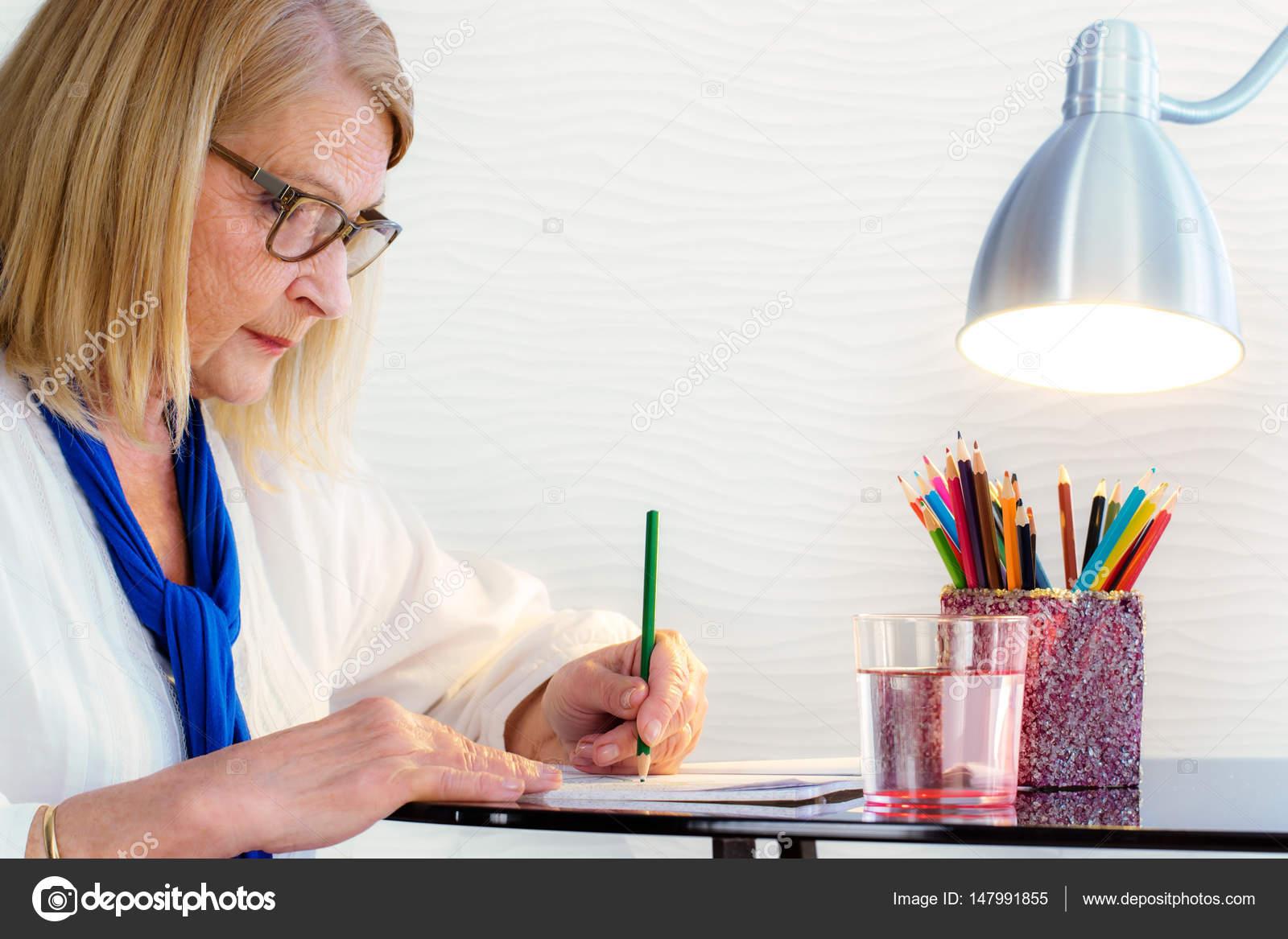 Женщин в возрасте: картинки и фото в возрасте женщины
