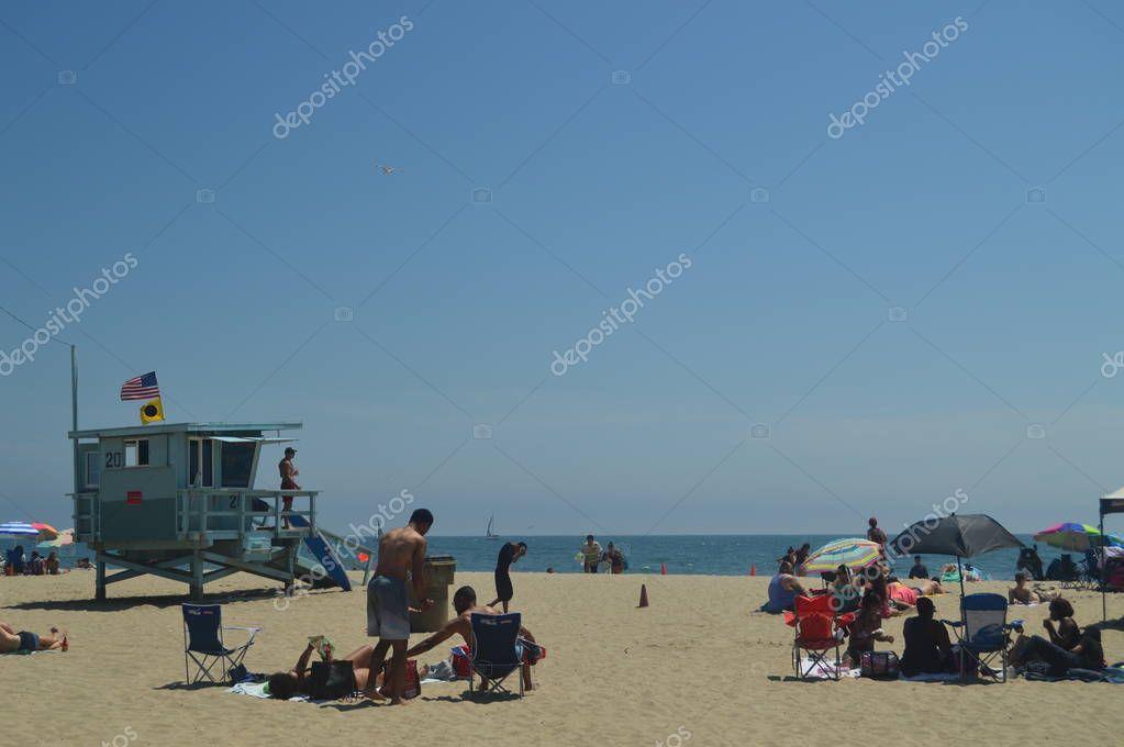 Magnificent White Sand Beach In Santa Monica With Its Pretty Lifeguard Posts. July 04, 2017. Travel Architecture Holidays. Santa Monica & Venice Beach. Los Angeles California. USA EEUU