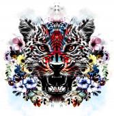 bunte künstlerische Leopardenschnauze mit Blüten isoliert auf weißem Hintergrund