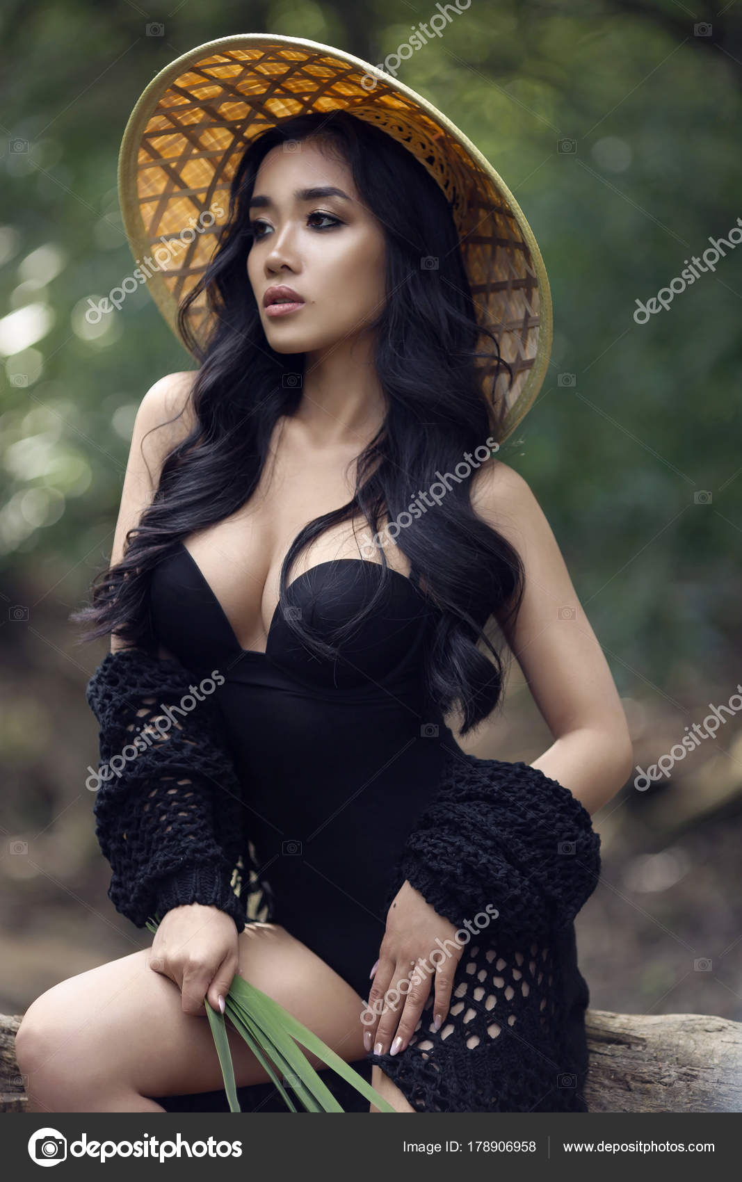 Sexy vietnamese girl, massive cockporngallery