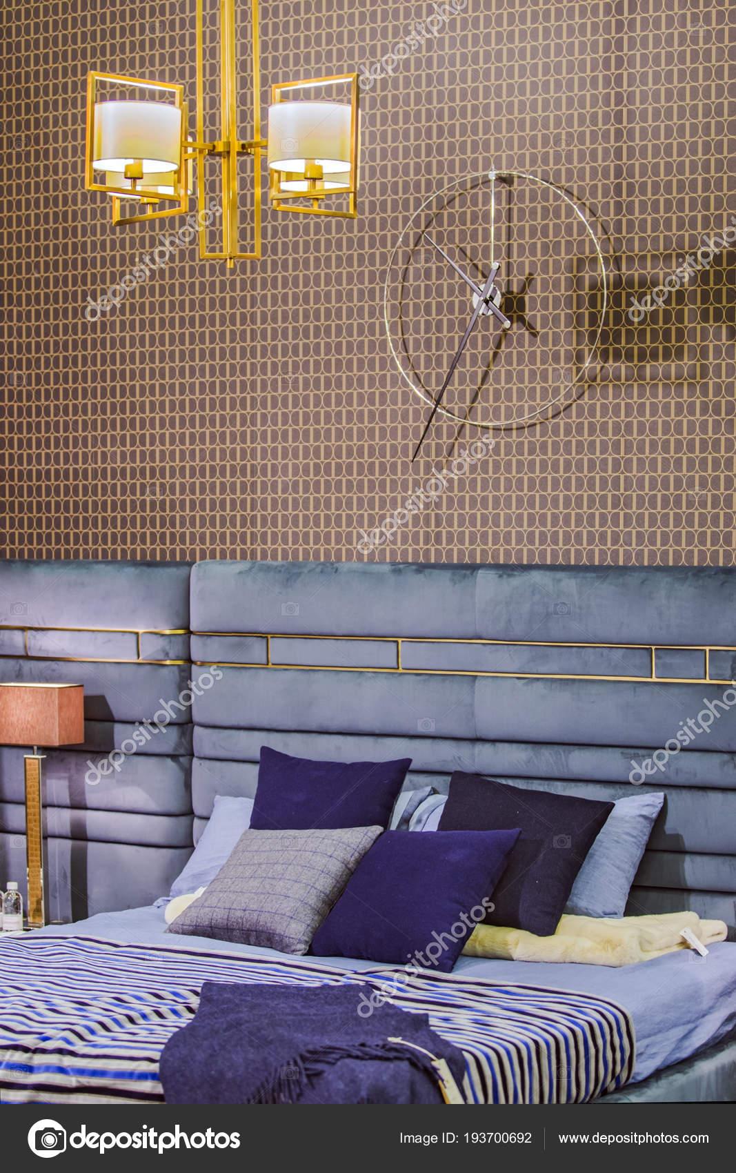 Schlafzimmer Innenraum in Zick-Zack-Stil modern, Vintage ...