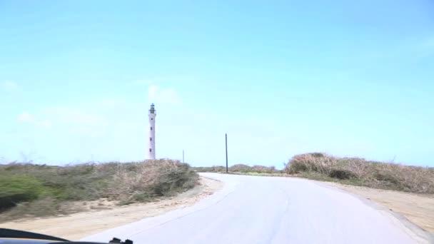 Faro della California su sfondo blu cielo. Costa Nord. Off-Road Aruba. Paesaggio del deserto di pietra incredibile. Costa di Aruba