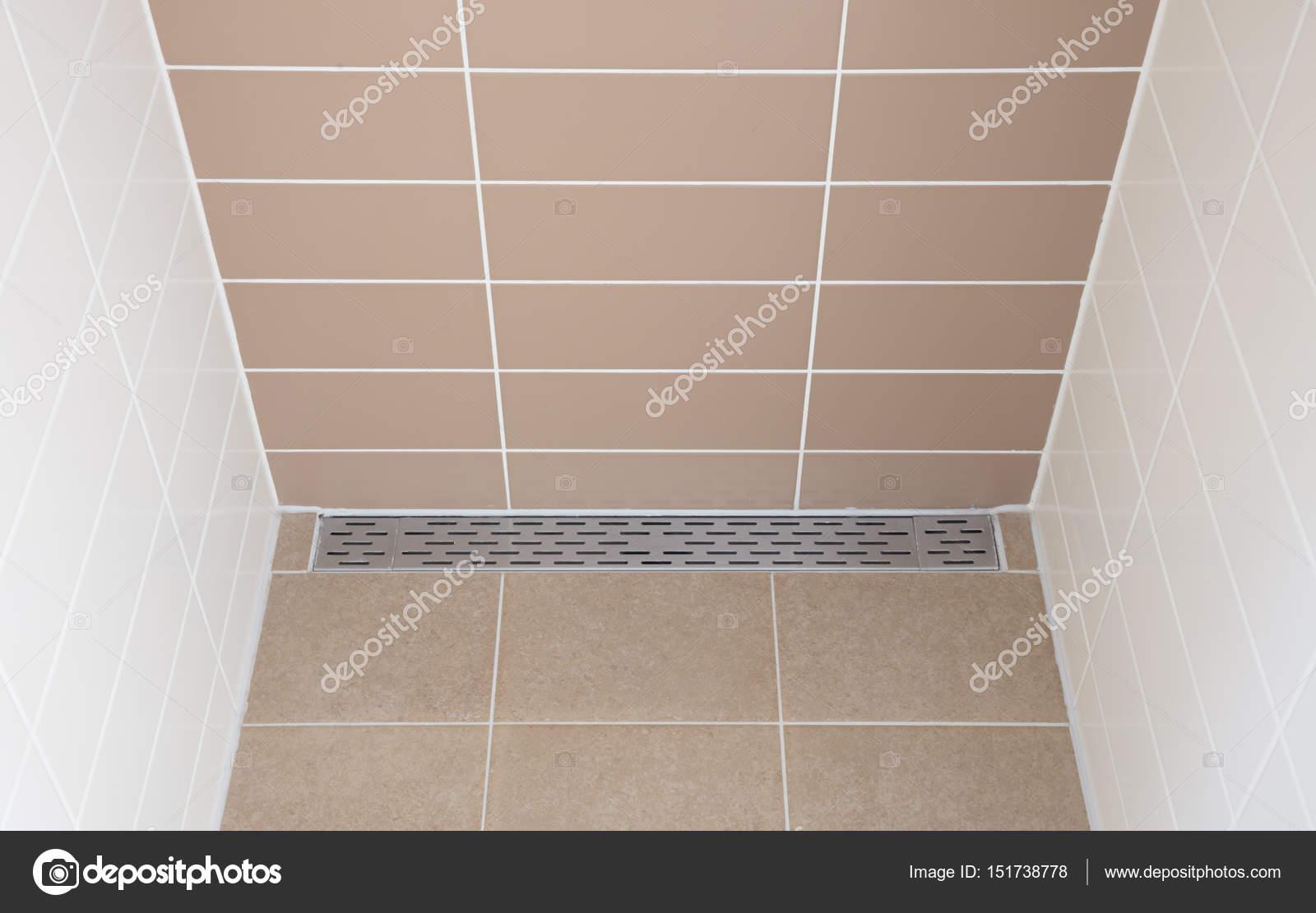 Dusche Bodenablauf