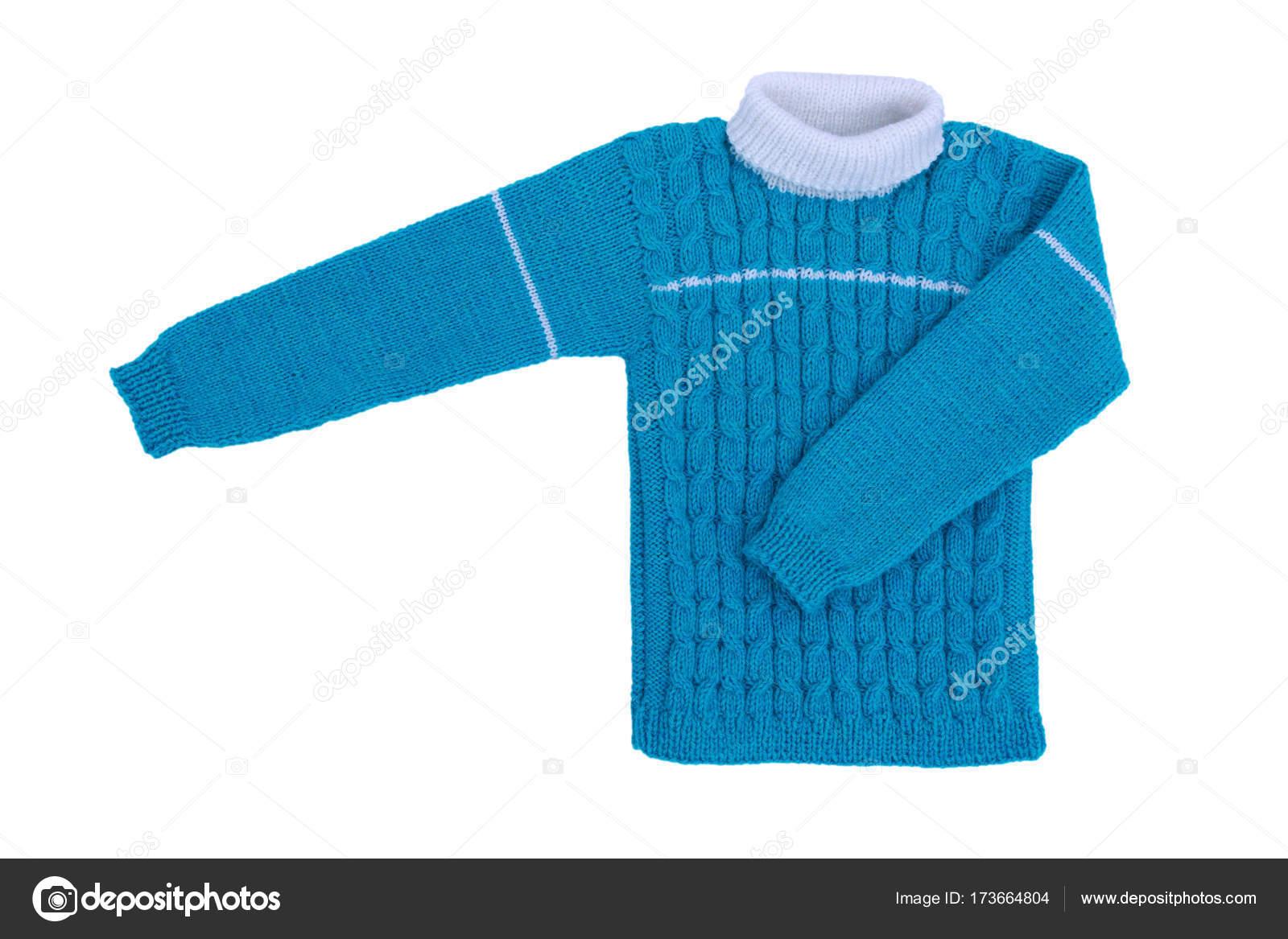 29c84b30e4a9 Πουλόβερ πλεκτό παιδιά απομονωθεί σε λευκό φόντο. Ζεστό μπλε πλεκτό πουλόβερ  με ένα μοτίβο — Εικόνα από ...