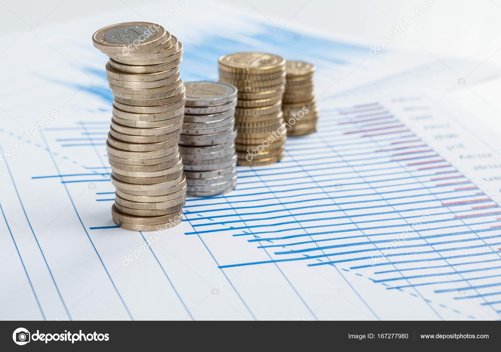 Vier Säulen Der Münzen Stockfoto Zestmarina 167277980