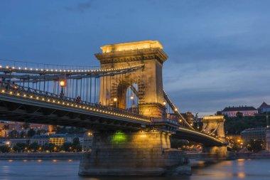 Chain Bridge at night, Budapest.