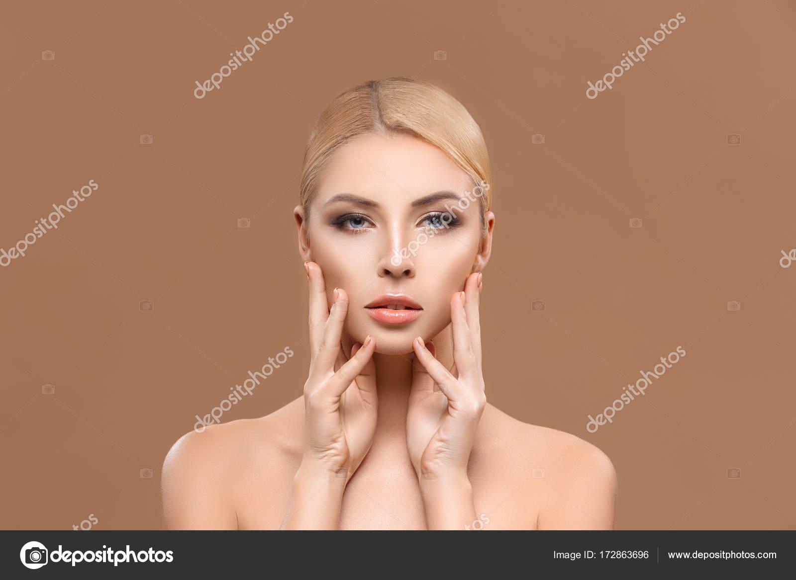Perfektes Model Duscht