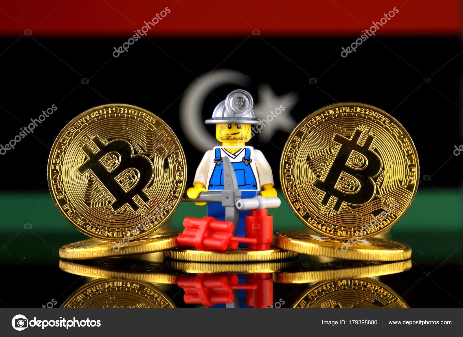 Verso fsica bitcoin mineiro bandeira lbia imagem conceitual verso fsica bitcoin mineiro bandeira lbia imagem conceitual minerao cryptocurrency fotografia de stock ccuart Choice Image
