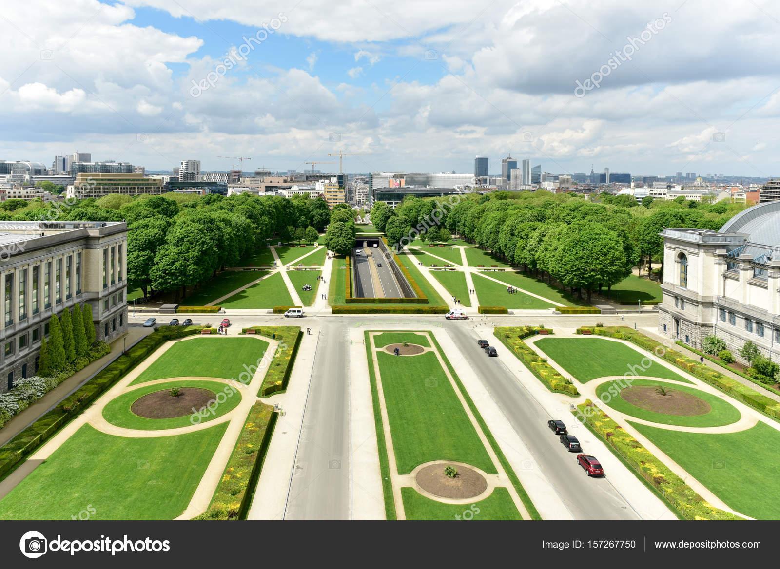 Parc du cinquantenaire à Bruxelles — Photographie ... Parc Du Cinquantenaire
