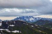 hory a mraky scéna