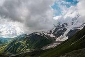 schöne felsige Berge
