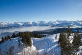 Photo panoramic view of snowy mountains with trees in winter, Alps, Germany