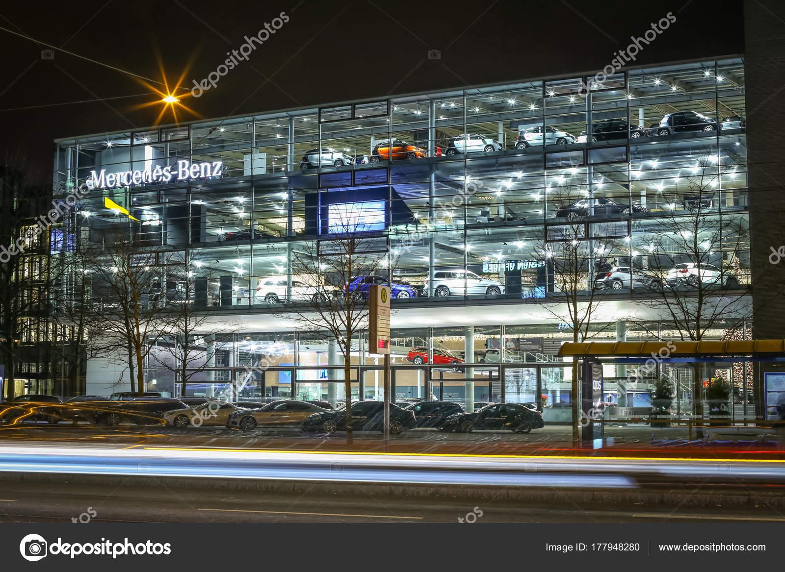 Mercedes Benz Dealership >> Mercedes Benz Dealership In Munich Stock Editorial Photo