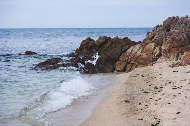 """Картина, постер, плакат, фотообои """"красивое скалистое побережье в пасмурный день """", артикул 175353708"""