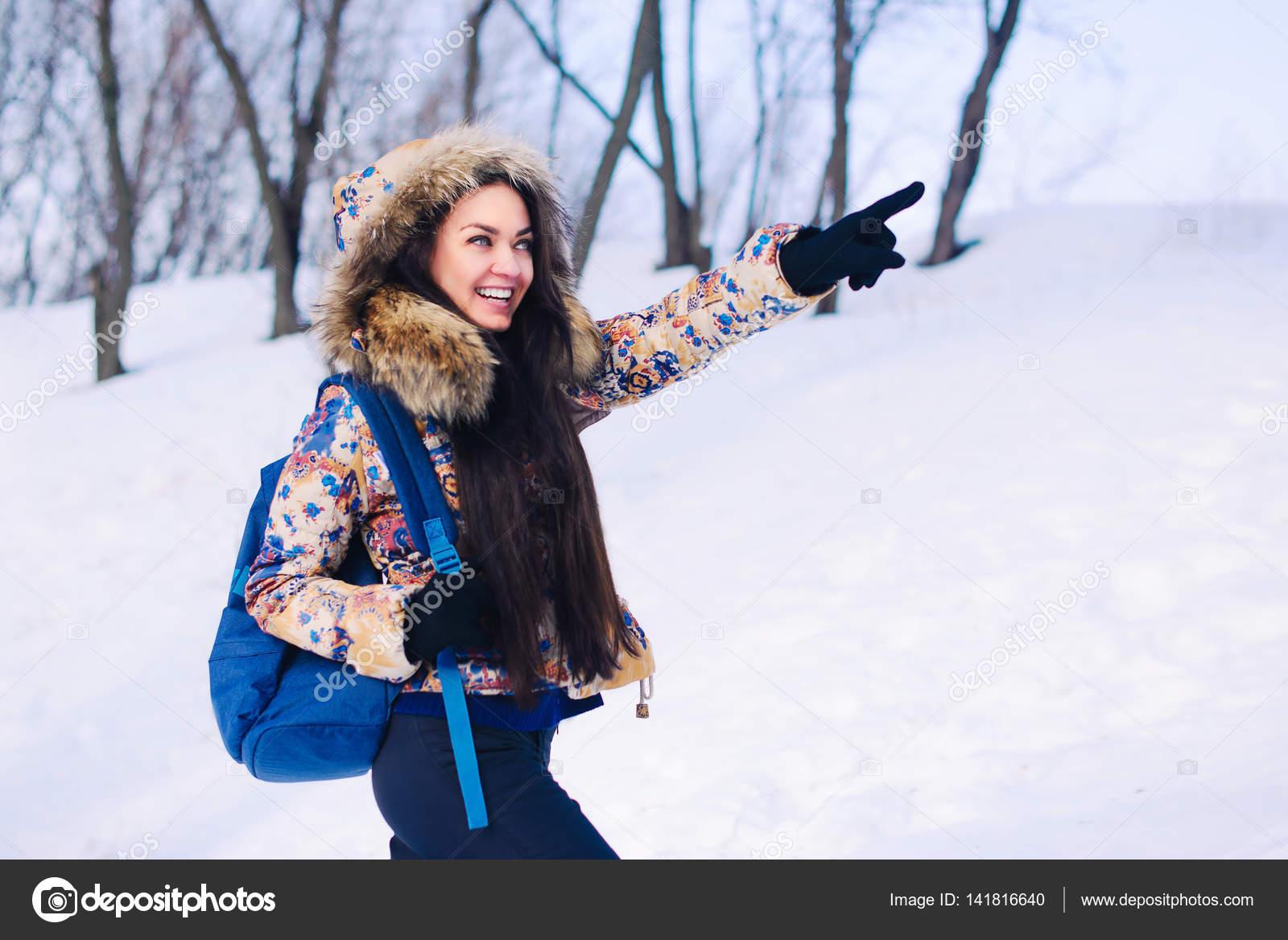 pornushku-perepihnulis-zimoy-s-blondinkoy-mazo-nevest-ulomal