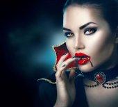 Fotografie Schönheit sexy Vampir Frau