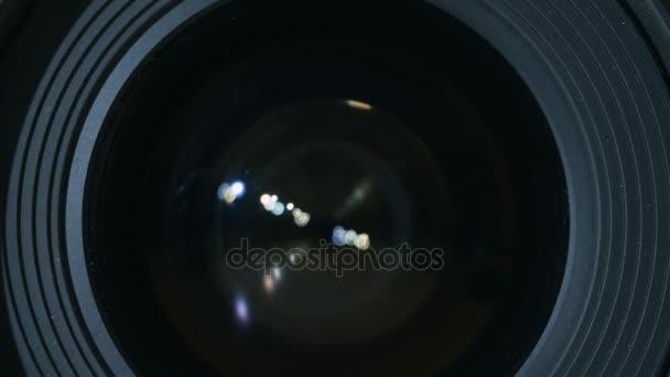 Prvotřídní sklo fotoaparátu. Close Up shot profesionální objektiv fotoaparátu