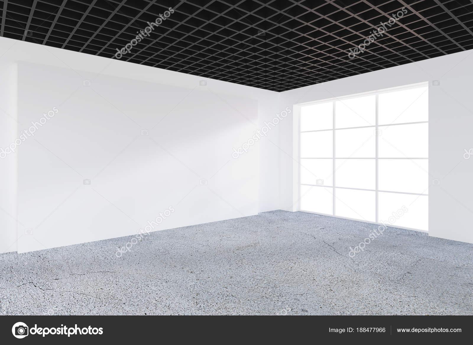 Mur de bureau vide blanc en face de la baie vitrée. concept du