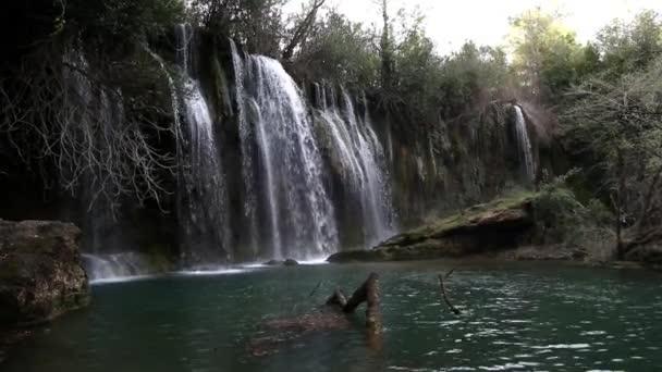 Vodopád Kursunlu záběry