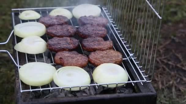 Barbecue gril se zeleninou