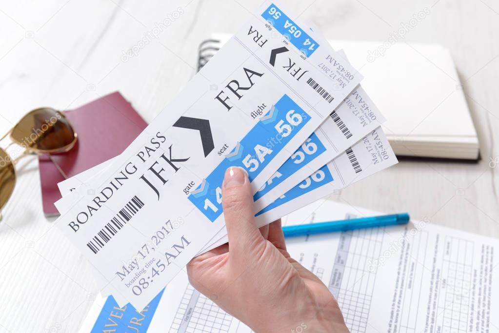 Tarjeta de embarque billetes y accesorios — Foto de stock © Amaviael ...