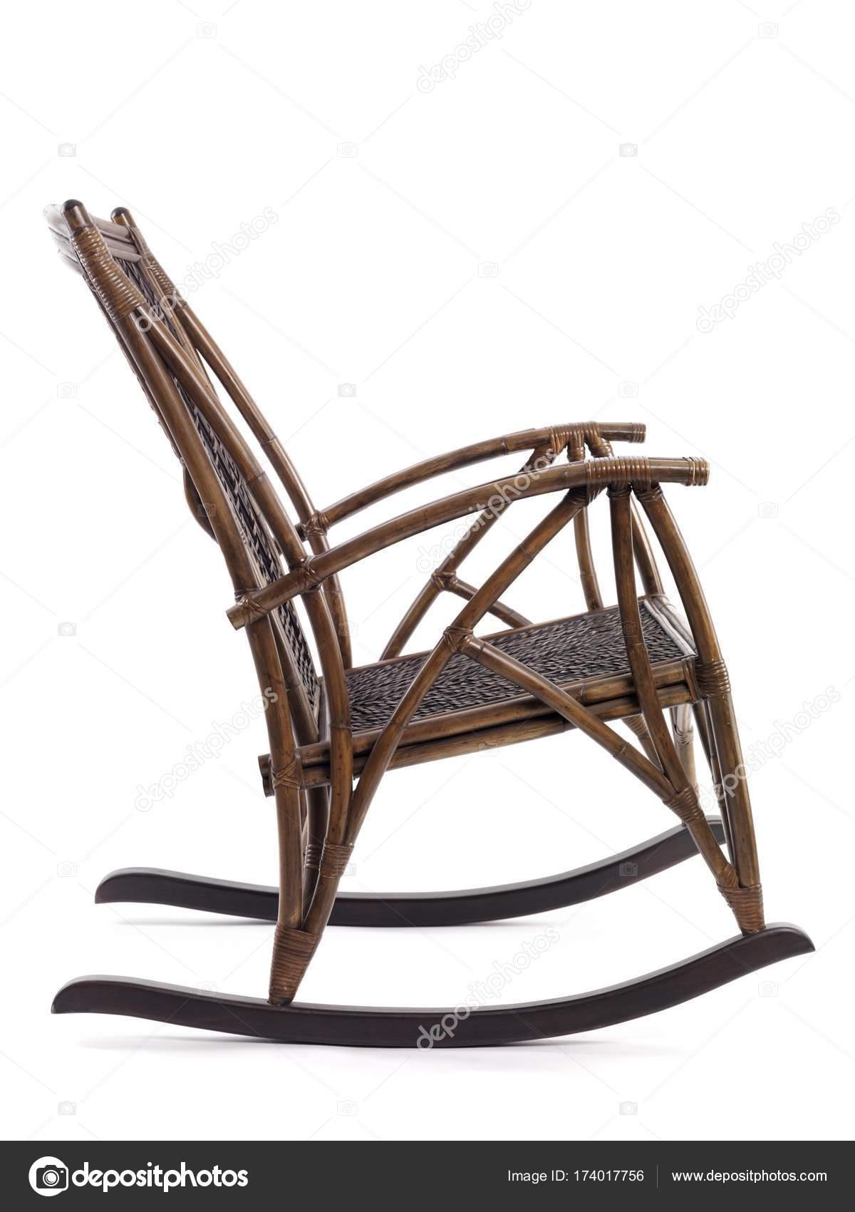 Prezzi Sedie A Dondolo In Vimini.Sedia Dondolo Vimini Bambu Antico Foto Stock