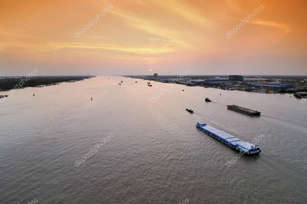 Transport ships on the Mekong river, Can Tho, Mekong Delta, Vietnam, Southeast Asia, Asia