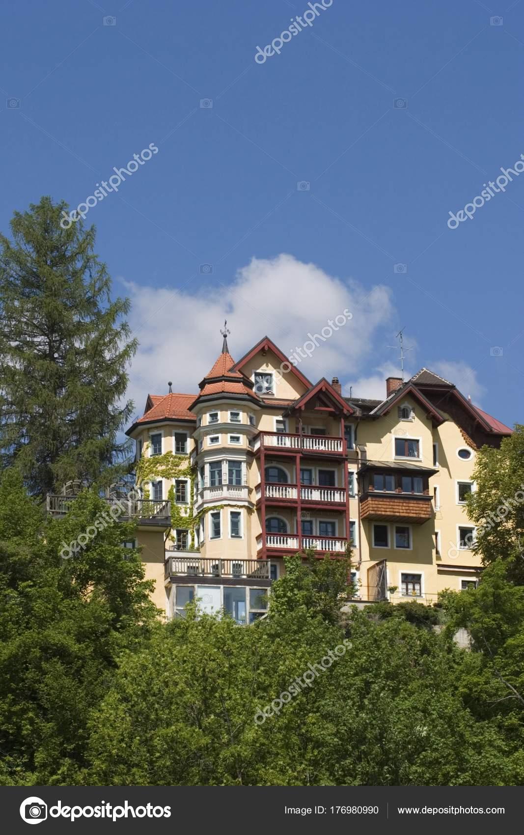 Ansicht Der Villa Pullach Deutschland — Stockfoto ...