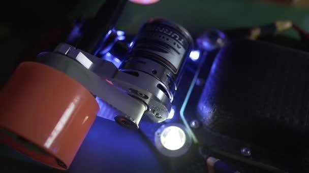 Longboard elektrický motor kola a kola montáž, uhlíkové desky, extrémní technologie Led