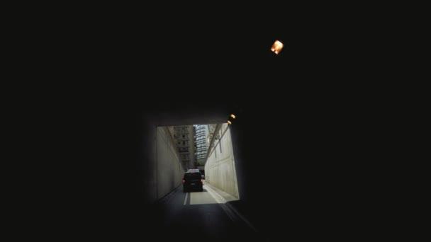Auta v Monaco city Tunnel, 4k