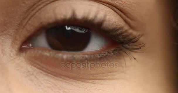 egy szem Vértes látszó-on fényképezőgép