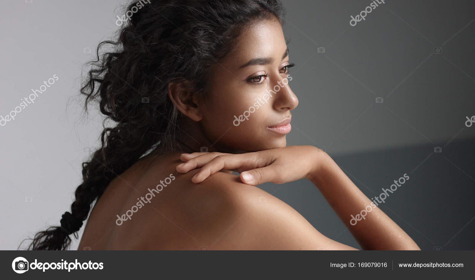 dívky hnědé kůže pěkné černé porno